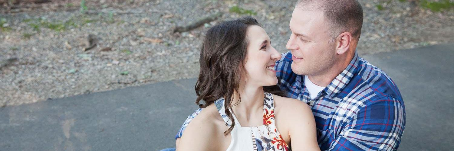 M & H Engagement Portraits at Burke Lake Park | Northern Virginia Photographer